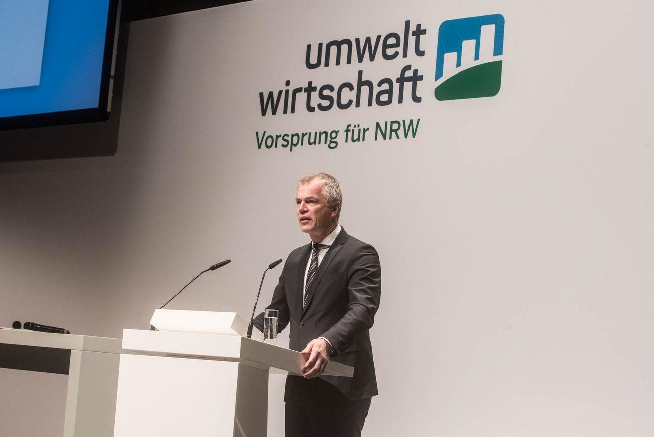 Minister Johannes Remmel am Rednerpult