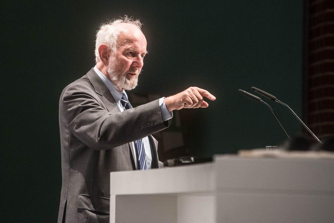 Von Weizsäcker am Rednerpult